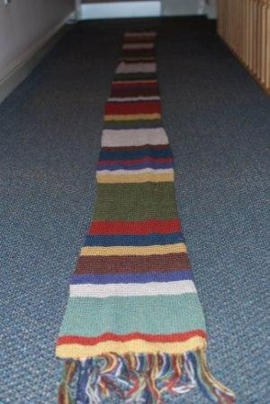 dr-who-scarf-full-length