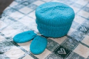 Knitted sugar bowl cover